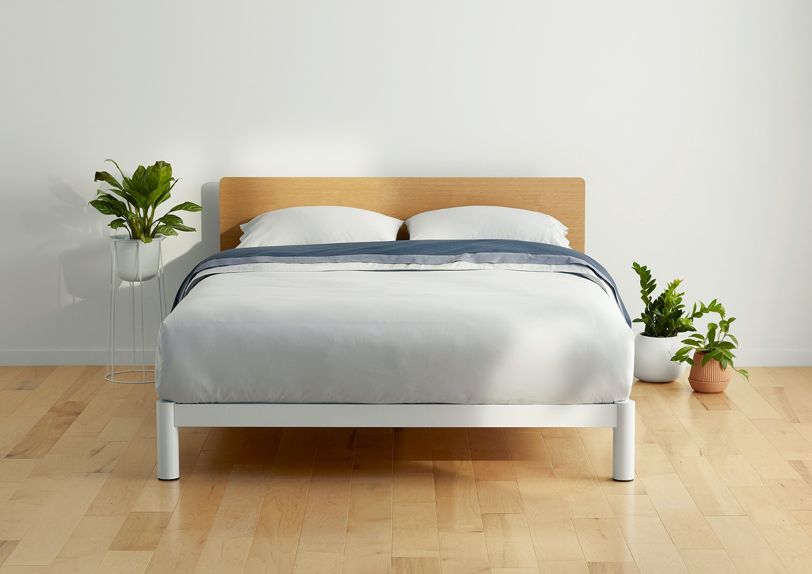 The Platform Bed Frame Base Casper