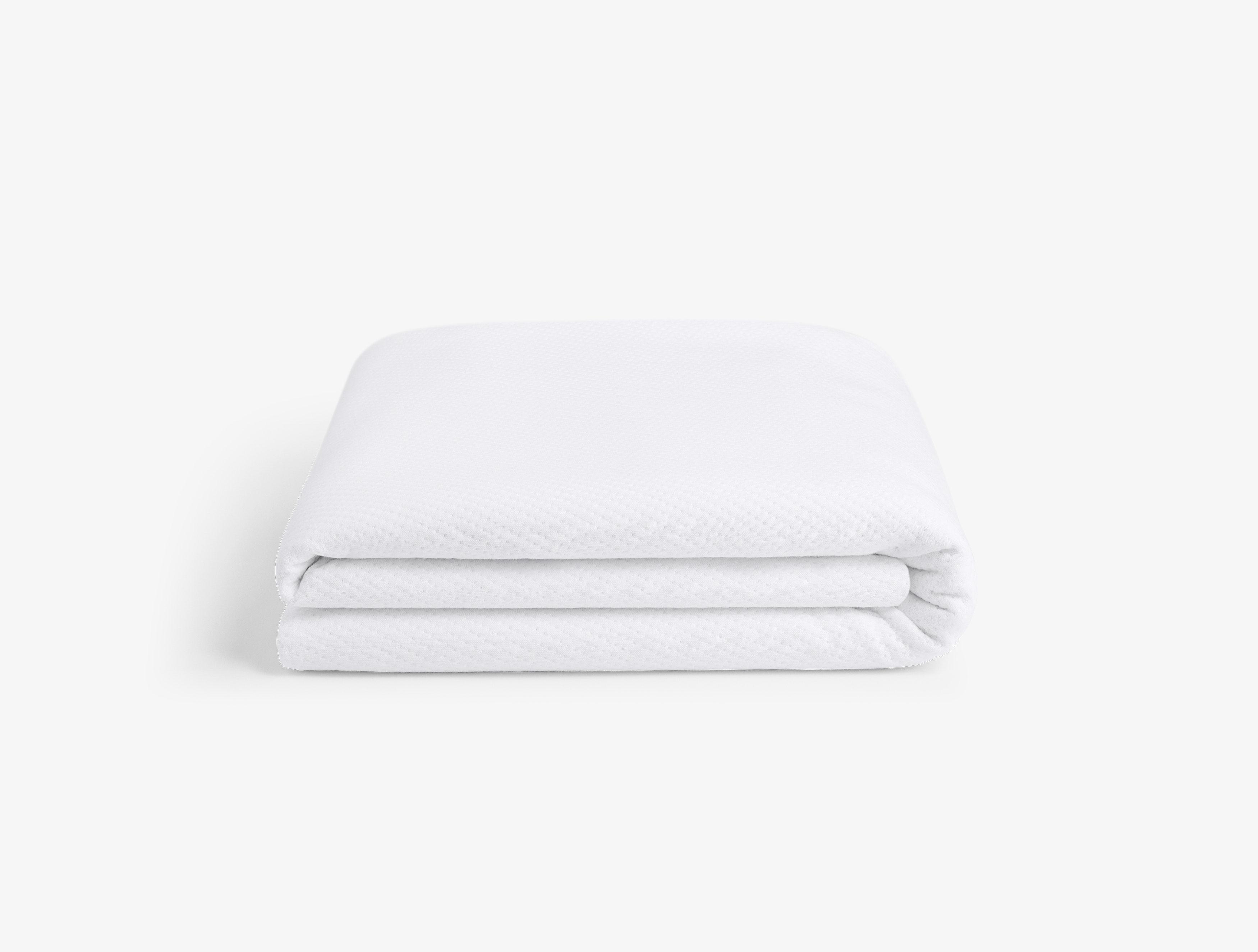 casper mattress protector folded