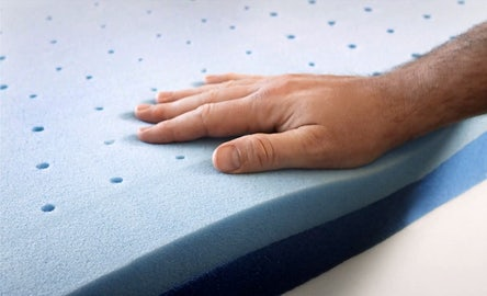 Cooling layers of memory foam